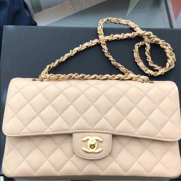 8dc154bb3c42a3 CHANEL Handbags - Chanel Classic Caviar flap bag w/gold hardware